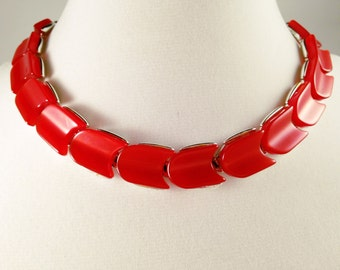 Red Necklace, Vintage Jewelry, Modern Red Choker, Vintage Necklace, Lisner Necklace, Lisner Jewelry, Lisner Lucite Jewelry Thermoset Choker