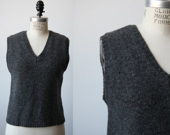 Vintage Pure Shetland Wool Charcoal Gray Vest Sleeveless Sweater Knit Knitted Jumper Crop Cropped 90s M