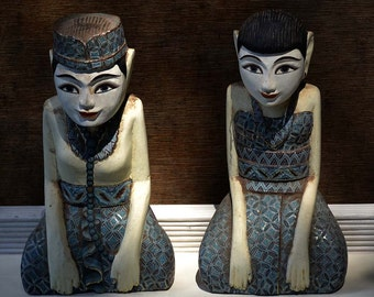 Pair of Indonesian Carved Wood Loro Blono Figures