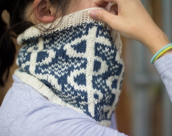 Knit Rod of Asclepius Cowl