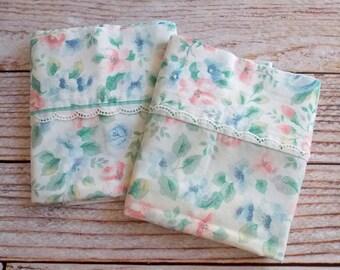 Vintage Pillowcase Set / Pink & Blue Floral / Vintage Pillowcase