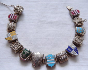 Shields and crests slide bracelet
