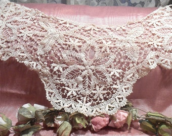 Antique Lace Vintage Lace Victorian French Tulle Bobbin Lace Insert