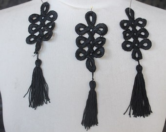 Cute embroidered     applique black color  3 piece listing