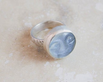 Moonstone Face Ring in Sterling Silver Size 8