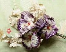 Vintage pansy velvet cloth millinery  spray trim soft purple violet flower flower making supply 1940 1950 1960