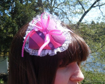 Pink Lacey Heart w/ribbon