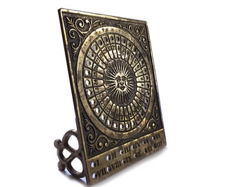 Vintage Brass Perpetual Calendar Celestial Sun Roman Numeral Mid Century Hollywood Regency