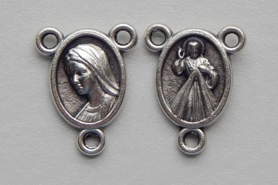 5 Rosary Center Piece Findings - 16mm Long, Mary, Jesus, Small Size, Silver Color Oxidized Metal, Rosary Center, Religious Beads, RC516