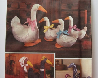 Large and Small Patchwork Goose/Geese Vintage 1980's Simplicity Pattern 6721 UNCUT