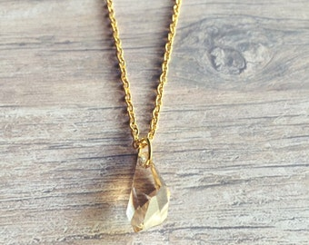 Illuminate Pendant Necklace