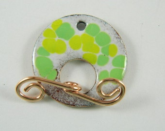 Green and Yellow Enameled Toggle Clasp with Copper Wire Toggle Bar