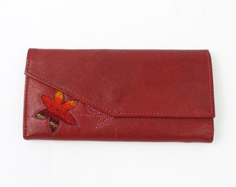 VINTAGE Red Leather Wallet Flower