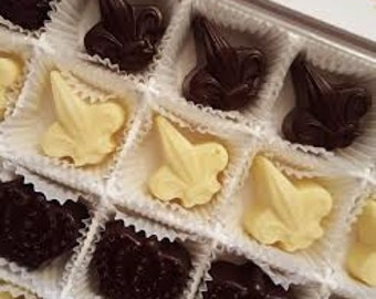 Specialty Truffles, Chocolate Truffles, Molded Chocolates, Dark Chocolate, White Chocolate, Truffles, Gifts for Him, Gifts for Her,