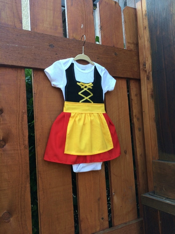 Baby girl dirndl in German