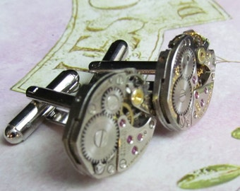 Beautiful Pair of 17 Jewels Steampunk Asymmetrical Watch Movement Cuff links CL 34