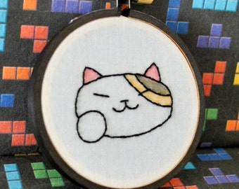 """Ms. Fortune Neko Atsume Inspired -Maneki Neko - Mini 3"""" Hand Embroidery"""