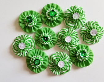 Set of 10 Embellished Yo Yos Green and White