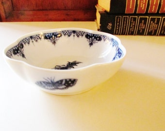Royal Worchester Hanbury Blue and White Dish, Trinket Dish, Chinoiserie Dish, Catchall, Cottage Chic