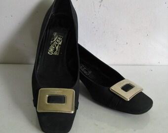 Salvatore Ferragamo Black Dress Shoes Low Heel Gold Bow 9.5B