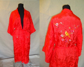 Red Embroidered BIRDS Vintage 1960's Women's Chinese KIMONO Rayon Robe L