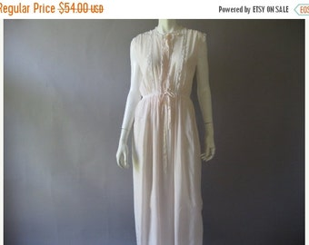 ON SALE 1940s Pink Rayon Nightgown - Vintage Lady Leonora gown -40's Lace Trim Long  - Plus Size