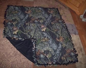 SALE!! Large Mossy Oak Tie Blanket