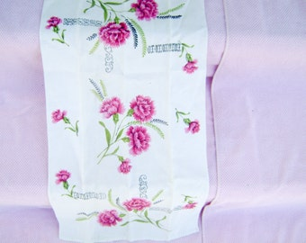 Really Pretty Vintage Kitchen Towel - Pink Flowers