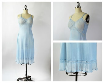 Vintage Crystal Pleat Slip Size 36 Blue Pleated Slip Great Condition