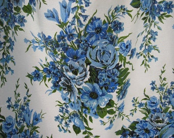 REDUCED One fibreglass pinch pleat vintage curtain panel blue bouquet rose print floral 60s 70s