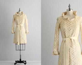Sixties Bell Sleeve Dress . Mod 60s Dress . 1960s Lace Dress . Ruffle Collar Button Front Dress
