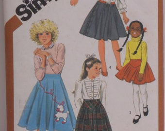 """Girl's Vintage """"Poodle"""" or Circle Skirt, Simplicity Pattern #6131, Size 10-12-14"""