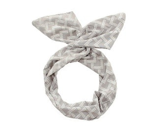 Twist Hair Scarf - Screen-printed Wire Headband - White Mountains on Gray