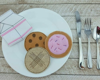 Felt food pretend play cookies and milk set peanut butter frosted sprinkle sugar chocolate chip imagination play