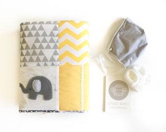 Pachy the Elephant XL Baby Crib Quilt in yellow