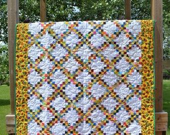 Sunflower Quilt, Golden Yellow Green Patchwork Quilt, Lap Blanket, Sofa Throw, Country Quilt, Summer Blanket