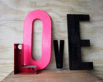 7 INch Red Letter L Small Metal L Prop Staging Signage