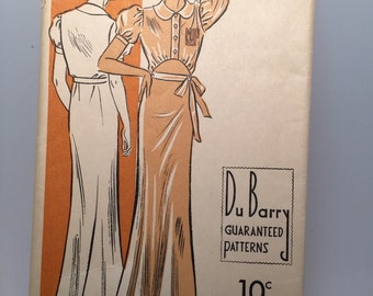 1930s Nightgown Pattern - Hollywood Glamour  - Unused - Original - Bust 34