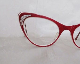 Vintage Cateye Glasses - 1950s Candy Apple Red Eyeglasses - Extreme Cateyes - 6 Layers Lucite Laminate