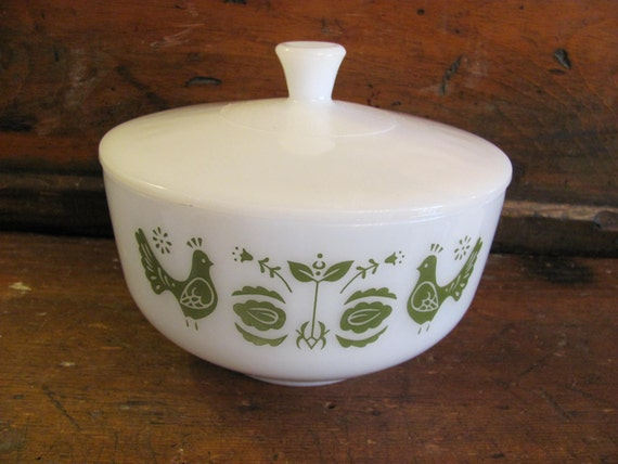Retro Mcm Vintage Federal Milk Glass Pyrex Style Green Rooster