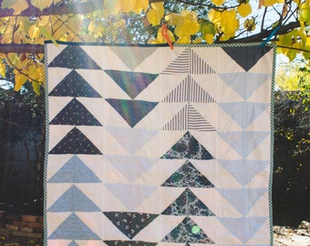 Blue Flying Geese Quilt - Lap Quilt - Baby Quilt - Throw Quilt