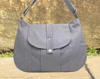 gray cotton canvas messenger bag / shoulder bag / everyday bag / diaper bag / cross body bag - 6 pockets