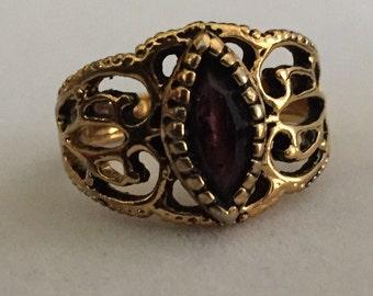 Vintage Gold Tone Ring