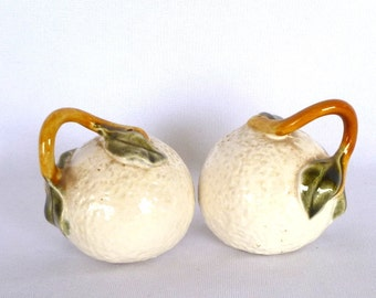 Vintage White Grapefruit SALT and PEPPER SHAKERS