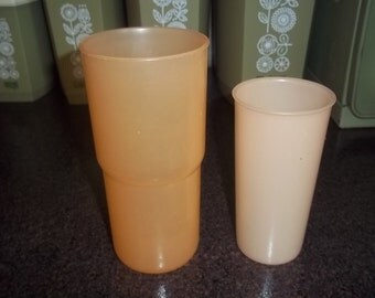 Uncle Si Tupperware Glasses Tumblers - 2 - 18 oz and 8 oz - both Peach!