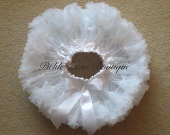 White Pettiskirt, White Tutu, Petti Skirt, Pettiskirt, Baby Girl 1st Birthday Outfit, Tutus, Girls First Birthday Outfits, Baby Wedding