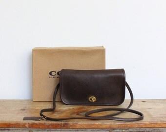 Vintage Coach Bag New York City // Dinky Bag Brown 9375 // Penny Handbag Purse NYC