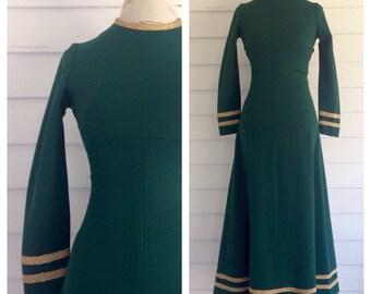 Vintage 1960s Rich Green MOD Dress w Gold Trim