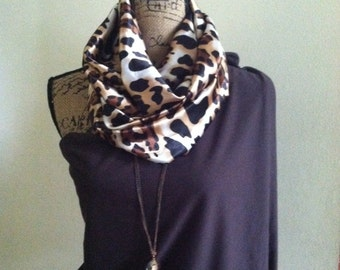 Animal print scarf with hidden pocket, travel scarf, hidden pocket scarves, secret pocket scarves, scarves with pocket