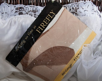 Genuine 1950's vintage 'Firefly' 15 denier pinpoint heel fully fashioned bri-nylon seamed stockings in original packaging - Size 10 in- 3790